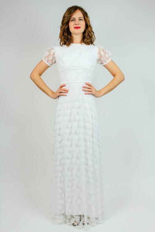 Brautkleid mit Unterkleid