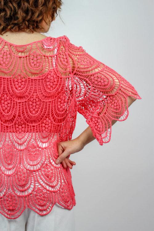 pinkfarbenes Top mit Shirt