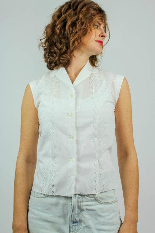 weiße Bluse Stickerei