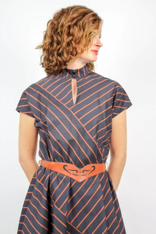 Kleid braun gestreift