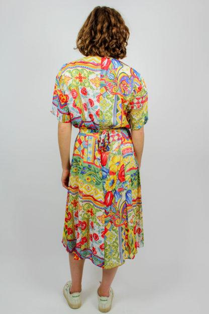 Kleid midi kurzarm