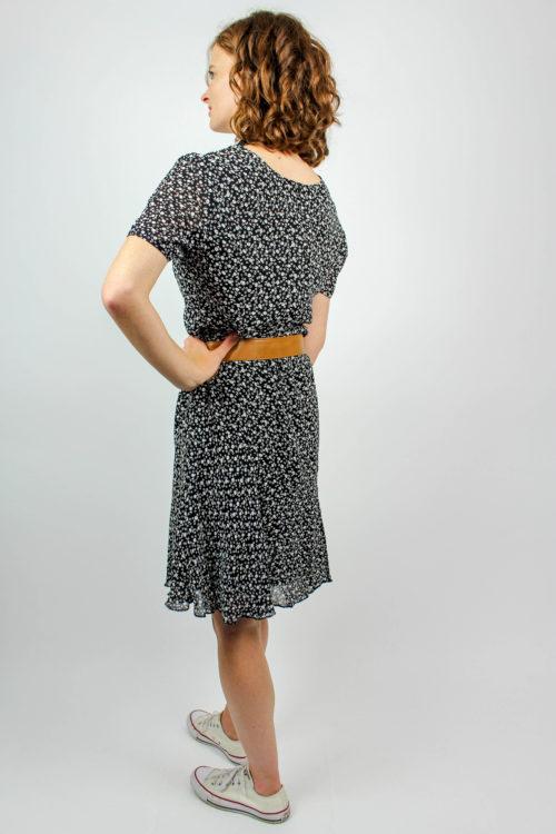 Kleid schwarz weiß geblümt