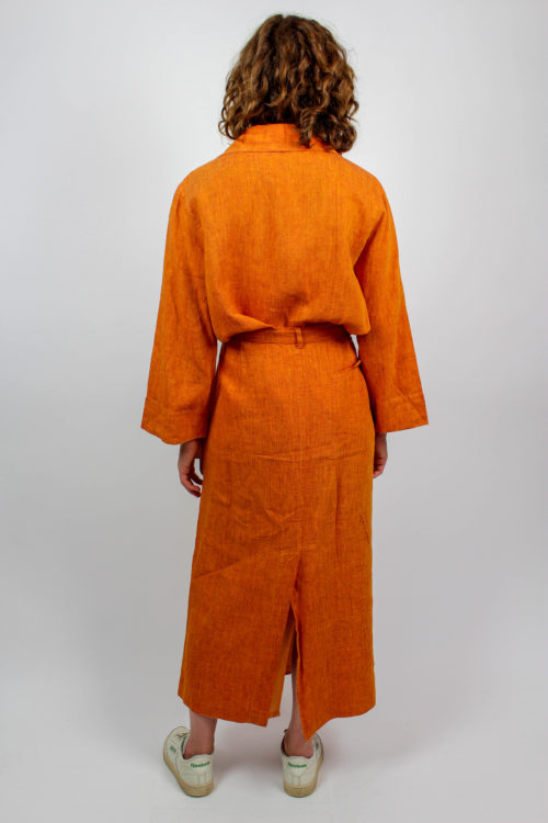 Rock und Bluse orange Farben