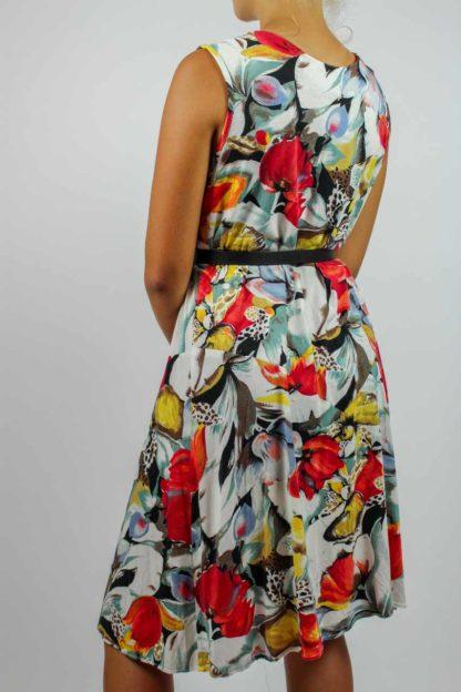 Kleid ärmellos weiß Blumen