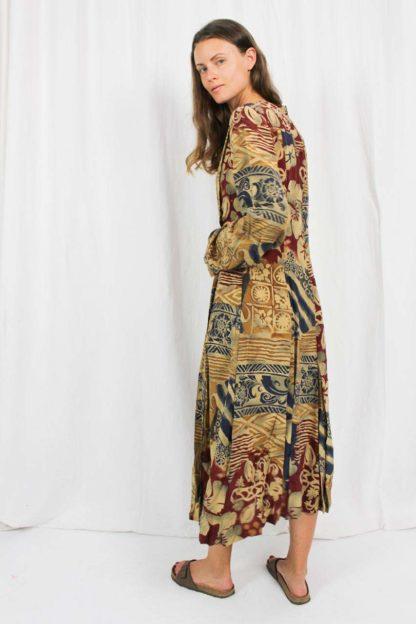 Muster Kleid Langarm