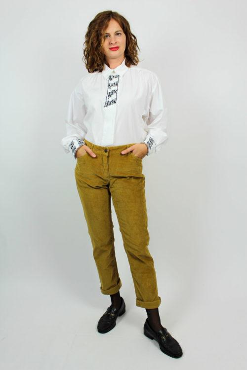 Braune Hose Cord