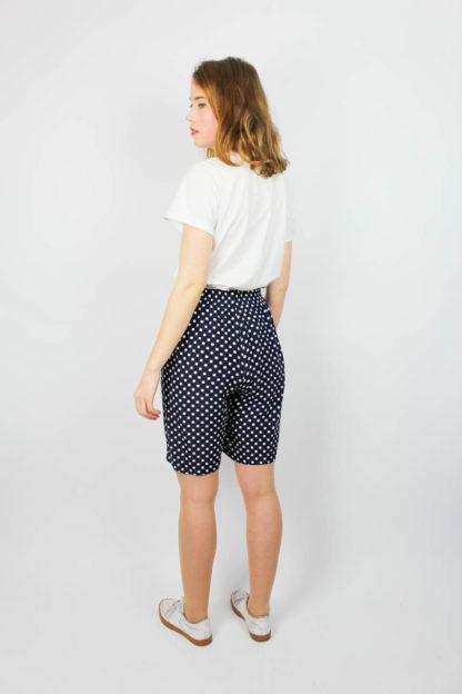 Short Blau Weiß